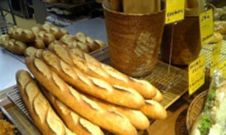 イタリアの朝市をイメージしたレストランと併設された小麦粉から仕込む本格的なベーカリーで働きませんか